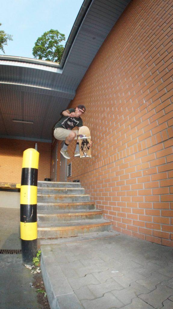 Mateusz Gmys Boneless